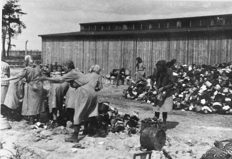Photo Credit: United States Holocaust Memorial Museum, courtesy of Yad Vashem (Public Domain)