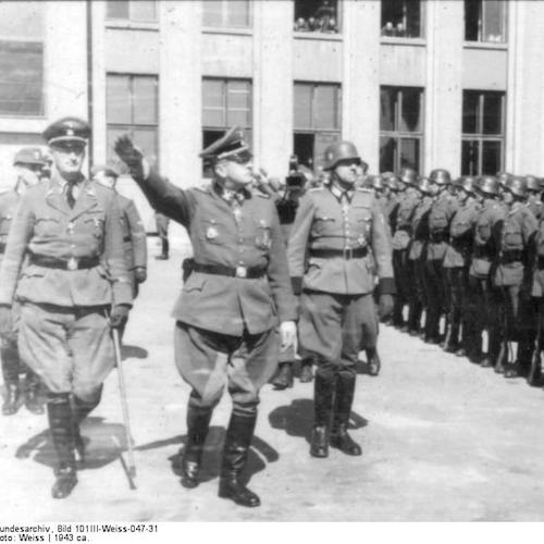 By Bundesarchiv, Bild 101III-Weiss-047-31 / Weiss / CC-BY-SA 3.0, CC BY-SA 3.0 de, (https://commons.wikimedia.org/w/index.php?curid=5478308)