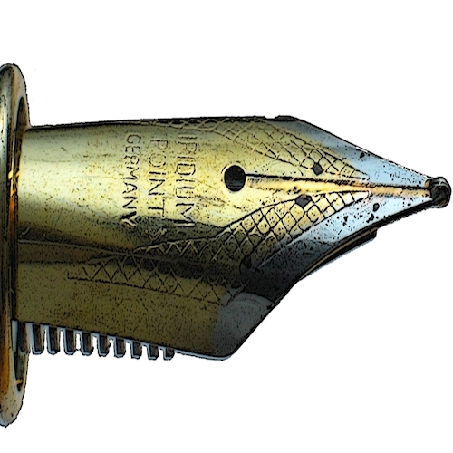Fountain pen nib. By BenFrantzDale, Przykuta [GFDL (http://www.gnu.org/copyleft/fdl.html) or CC-BY-SA-3.0 (http://creativecommons.org/licenses/by-sa/3.0/)], via Wikimedia Commons.
